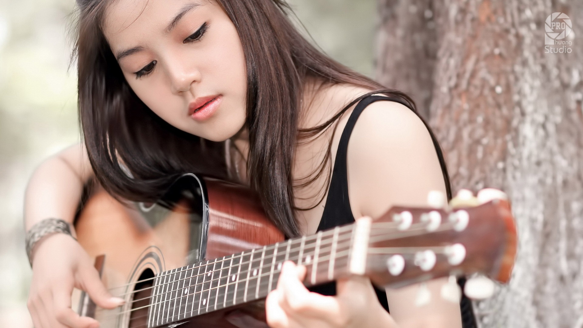 Guitar Girl Hd Wallpaper 1920x1080 Gludy